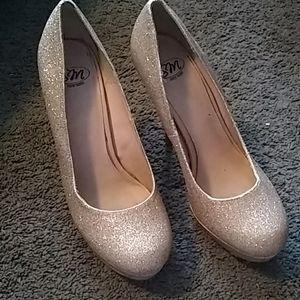 🆕Gold heels